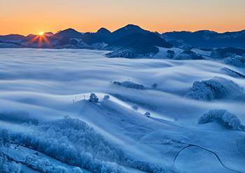 Weihnachtskarte 8162 Sonnenuntergang Berge